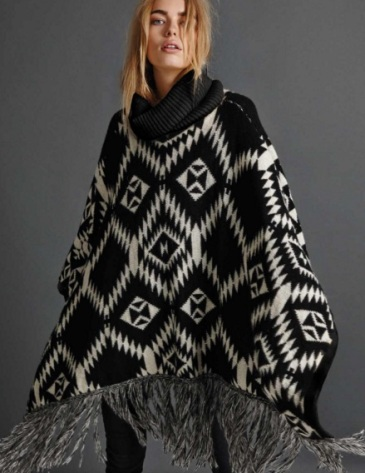 poncho_vila_clothes
